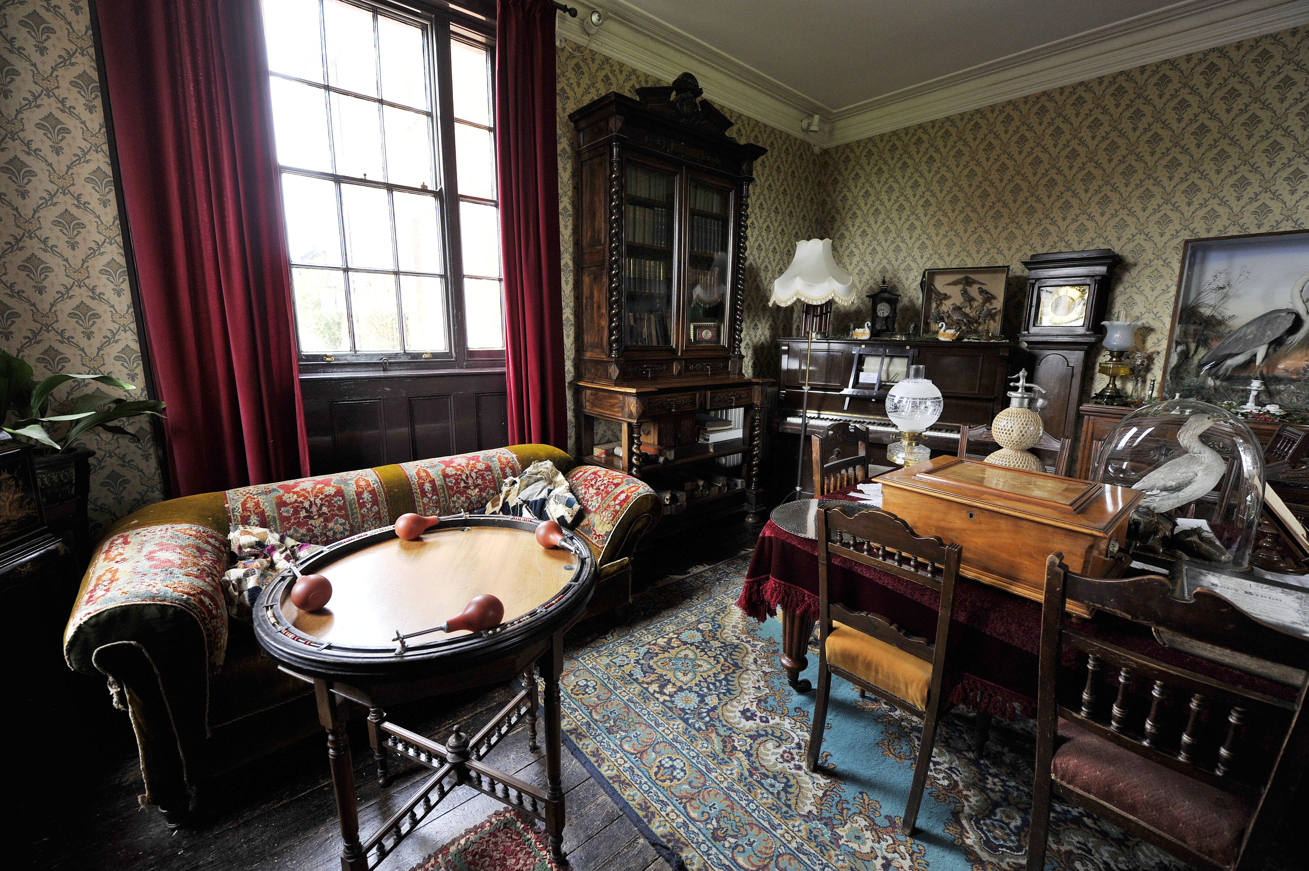 Photo Taken By The Milton Keynes Citizen Living Room Milton Keynes Menu